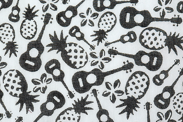 Hokko Co Ltd: Cotton fabric with a vintage feel, decorated with modern and humorous prints (cotton 100%)