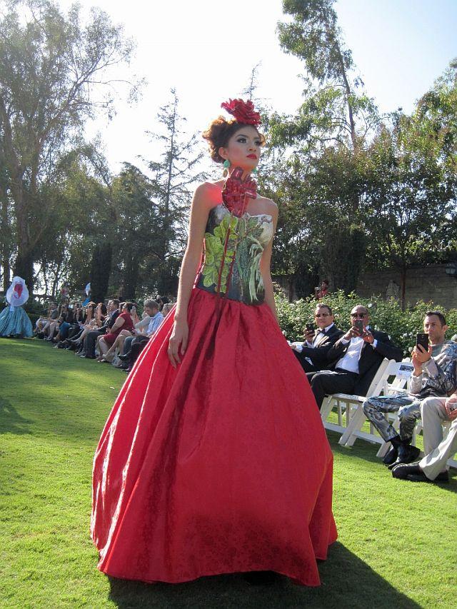 「フリーダ カーロ ファッション」の画像検索結果