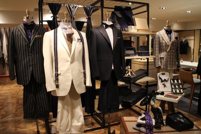 今春からオーダー事業を開始した青山商事の「ザ・スーツカンパニー」