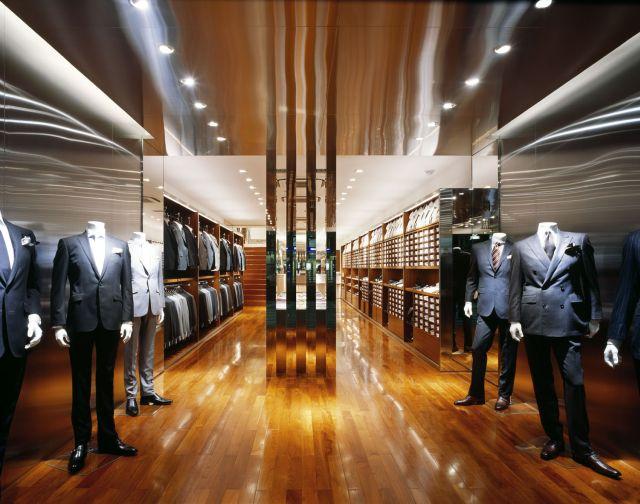 一番店舗数の多い「スーツセレクト」