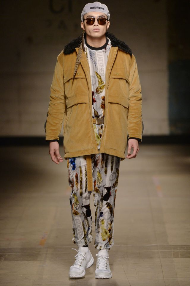 Astrid Andersen Fall Winter 2017 London Menswear Fashion Week Copyright Catwalking.com 'One Time Only' Publication Editorial Use Only